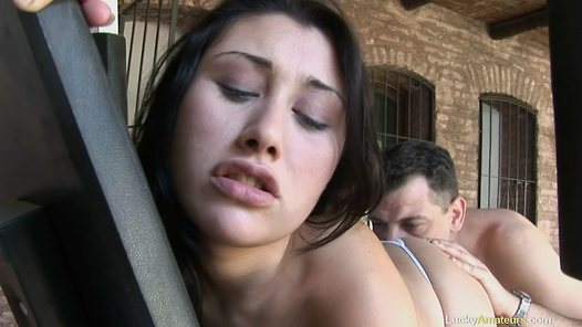 LuckyAmateurs.com - Brizit amateur sex video screenshots - 1 - 8